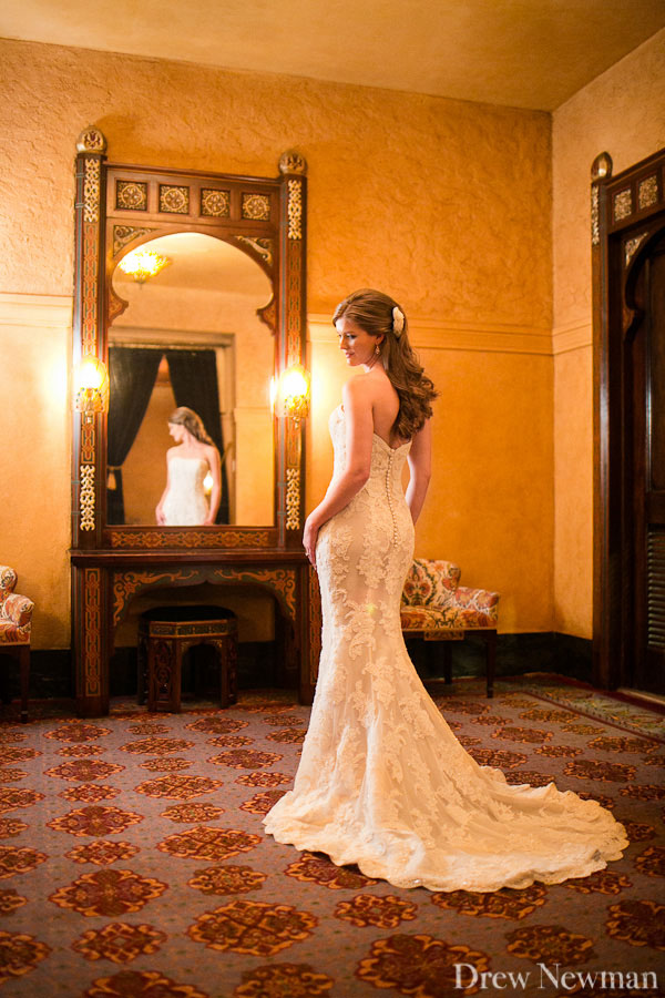 Fox Theatre wedding photos including the Egyptian Ballroom captured by Drew Newman Photographers.